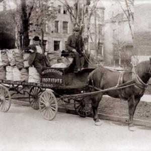 130_McGregor-wagon.jpg