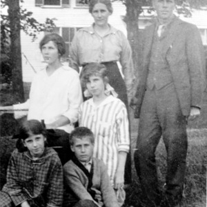The Frost family in Bridgewater, N.H.